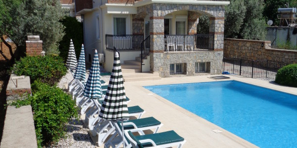 villa with private pool in fethiye